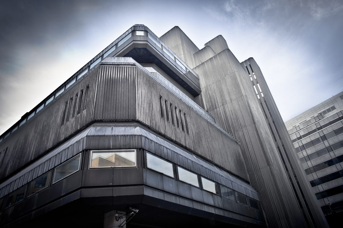 Good old Concrete chunk :  Sampson House // United Kingdom