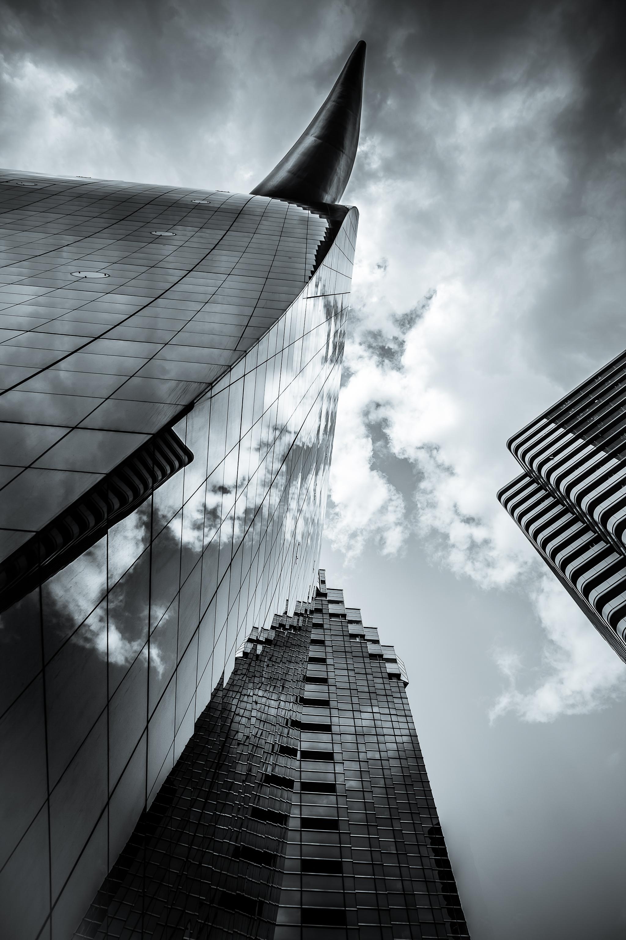 Tatemono vertical city - tokyo japan - La Dent de L'Oeil [OC][2048x1378]