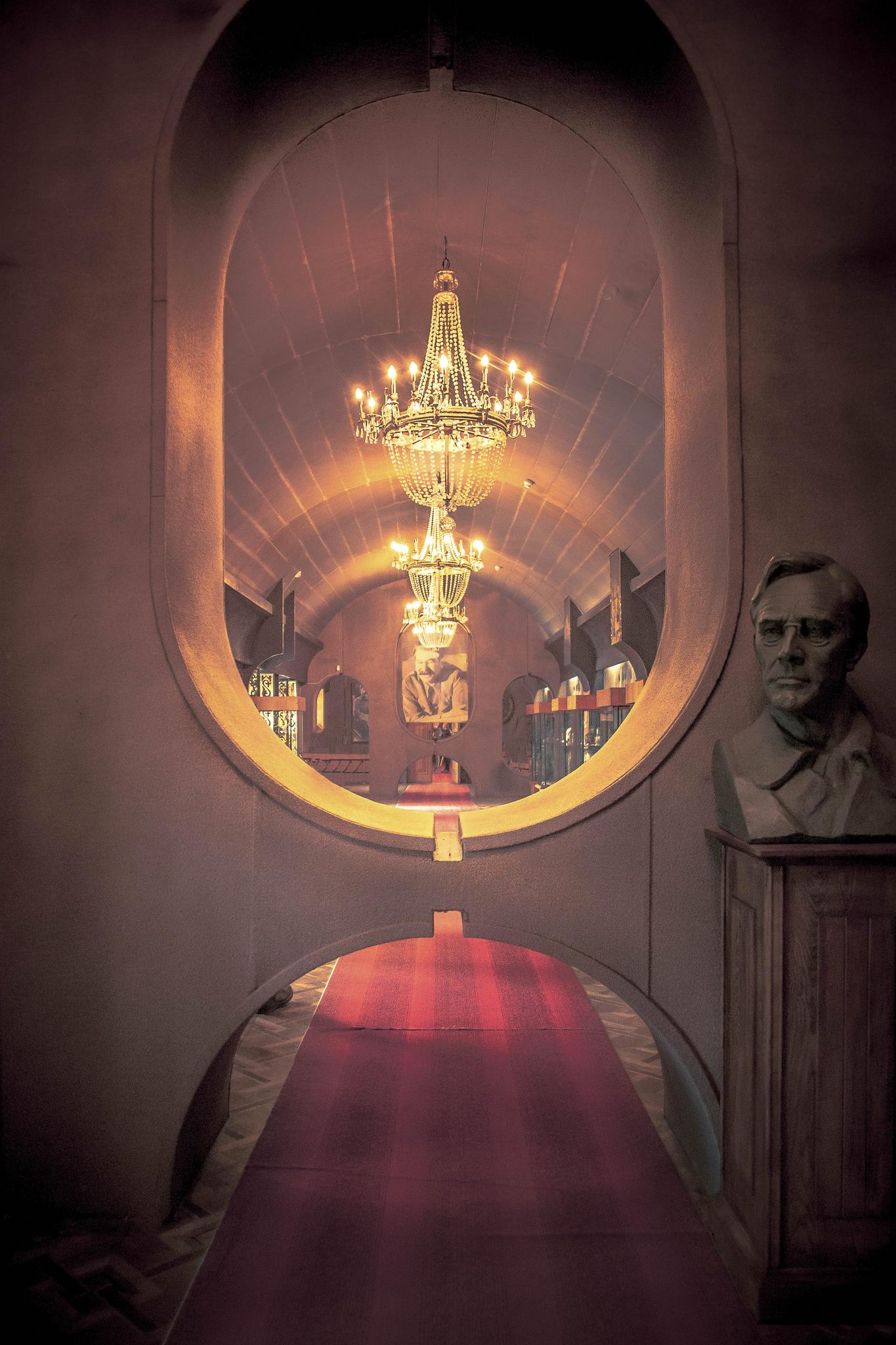 Uncle Joe – La Dent de L'Oeil – Contemporary photography by Hélène Veilleux – #georgia #stalin #communism #soviet