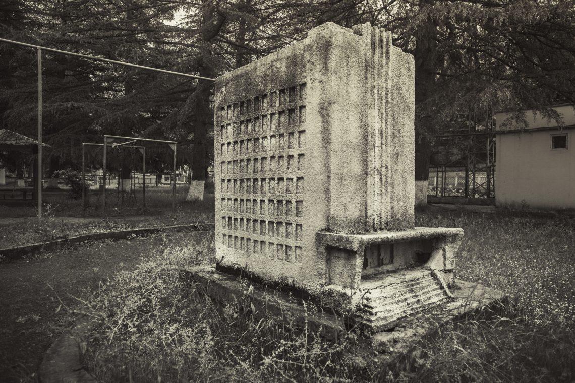 Soviet modernism + Soviet brutalism // Georgia