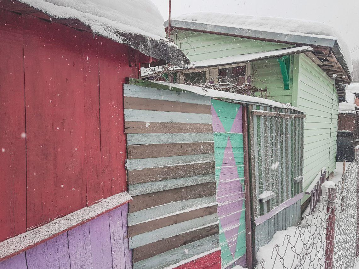 A frozen Dacha memory in Bajary // Belarus