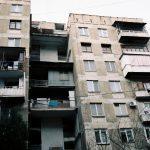 Urban grapes harverst // Tbilisi // Georgia - La Dent de L'Oeil - Contemporary photography by Hélène Veilleux #Sakartvelo #Diary #Urban #PlaubelMakina67